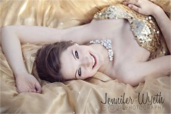 Jennifer Wyeth Photography- High School Senior Photographer